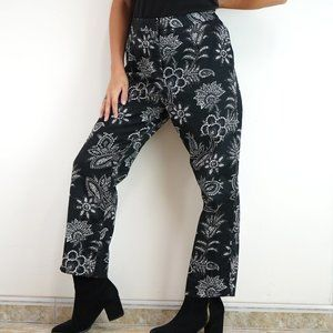 💜3/$30 Black and White Paisley Floral Ankle Pants